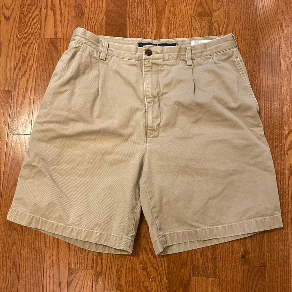 Nautica Other - Nautica Rigger Classic Fit NS-83 Shorts Khaki 34w